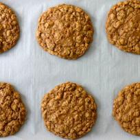 Pumpkin Spice Oatmeal Cookies Recipe