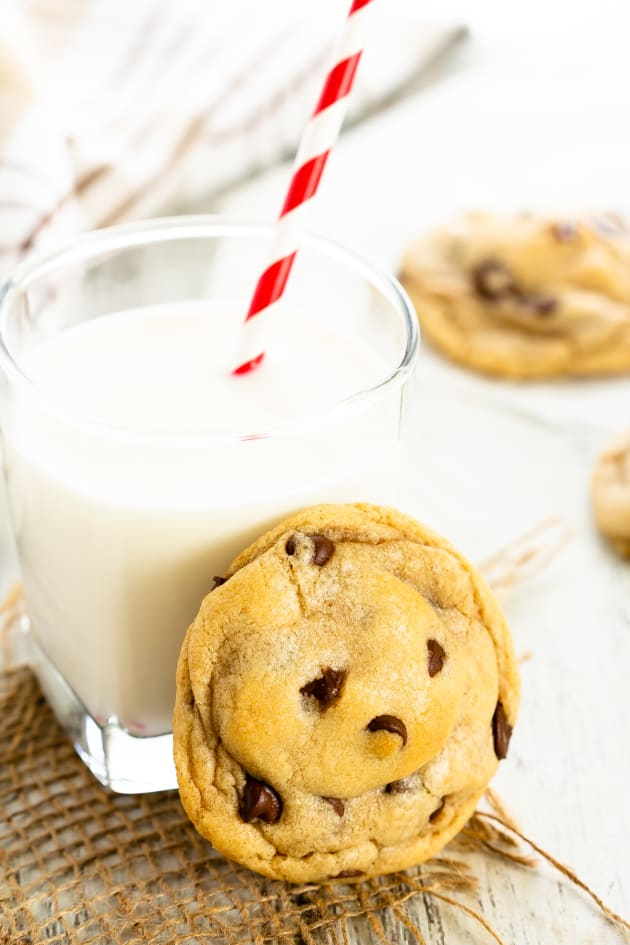 Easy Chocolate Chip Cookies Pic