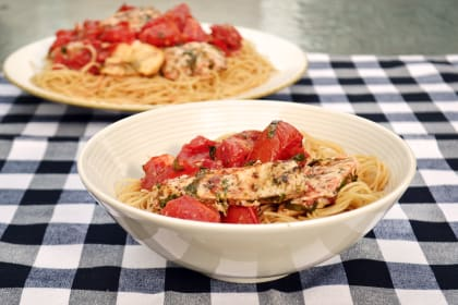 Bruschetta Chicken Pasta: Easy Weeknight Italian