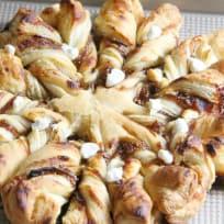 Prosciutto, Fig and Goat Cheese Star Bread Recipe