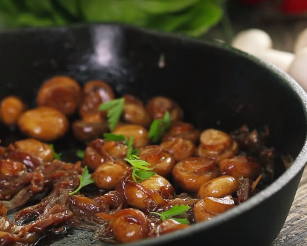 Sautéed Mushrooms with Caramelized Onion