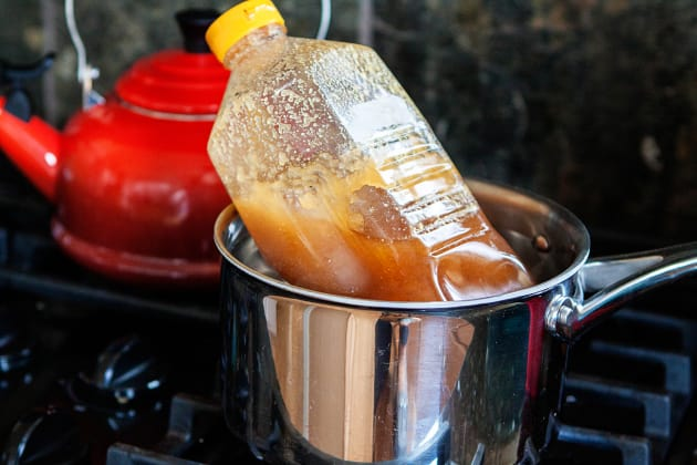 How to Decrystallize Honey Image - Food Fanatic