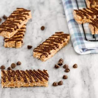Coconut granola bars photo