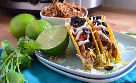 Slow Cooker Shredded Chicken Tacos Recipe