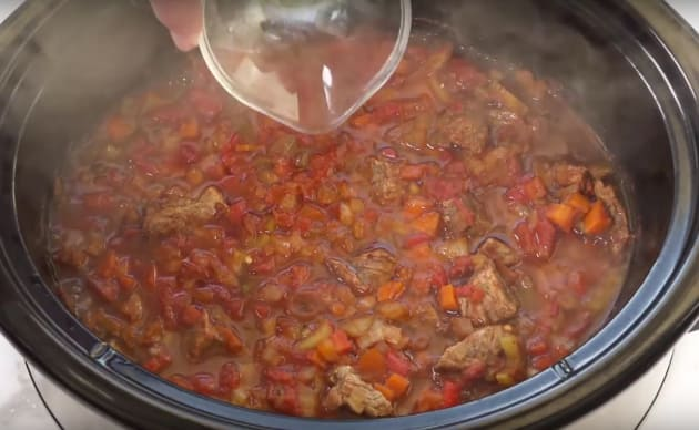 Making Slow Cooker Chili