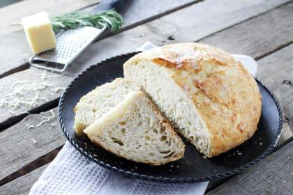 No Knead Artisan Bread: Crusty and Wonderful