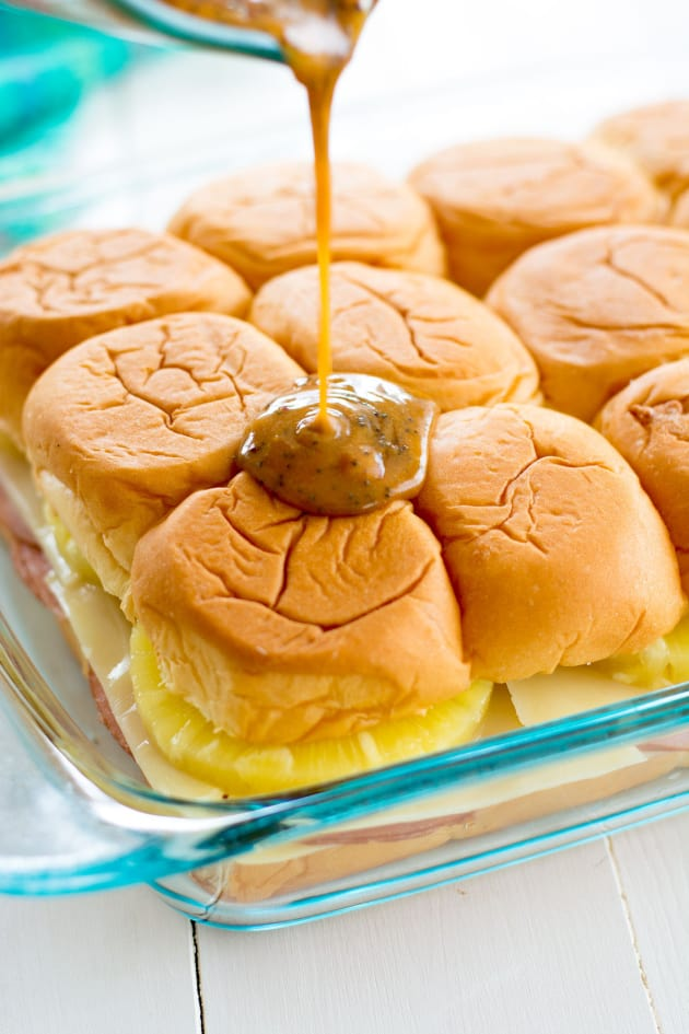 Hawaiian Ham and Cheese Sliders Pic