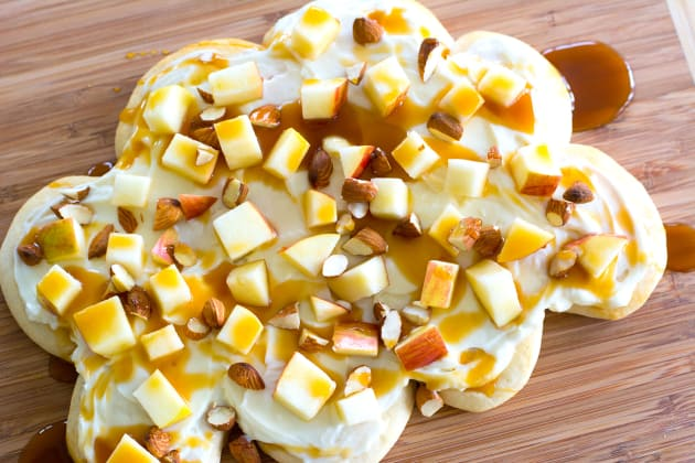 Apple Pizza Photo