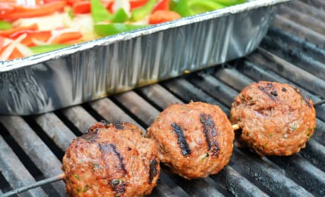 Easy Grilled Meatballs Recipe
