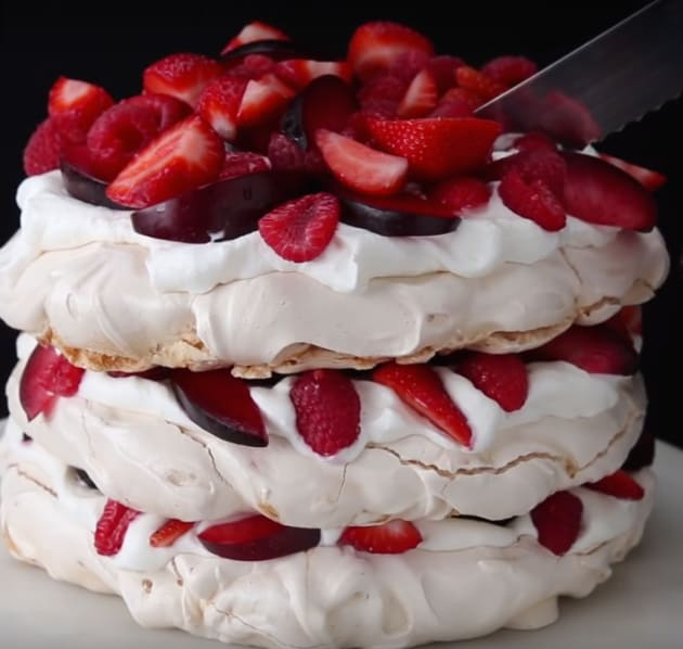 Berrie and Cream Cloud Cake