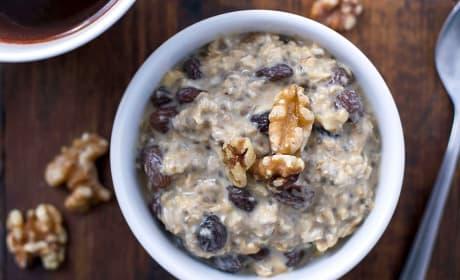 Gluten Free Oatmeal Raisin Overnight Oats Recipe