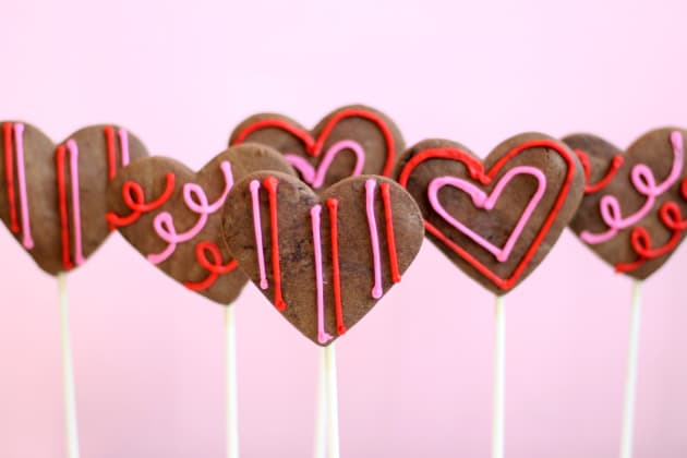 Chocolate Sugar Cookie Pops Pic