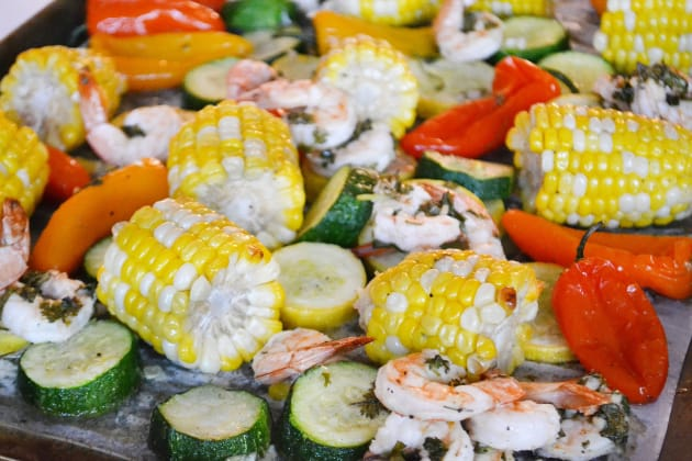 File 1 - Sheet Pan Roasted Shrimp and Summer Vegetables