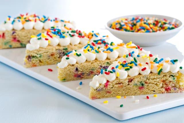 Funfetti Sugar Cookie Bars Recipe