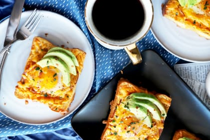 Cheesy Avocado Egg in a Hole Recipe