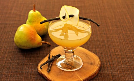 Pear Vanilla Martini Recipe