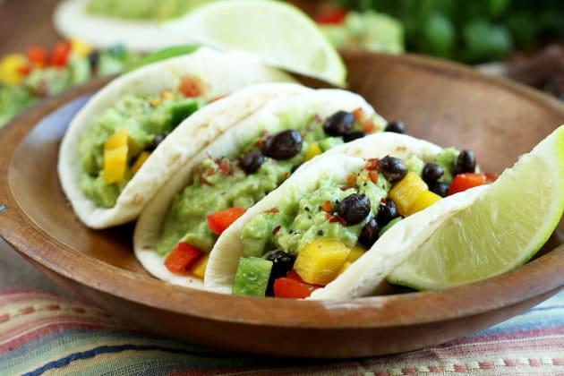 File 1 Guacamole Veggie Tacos