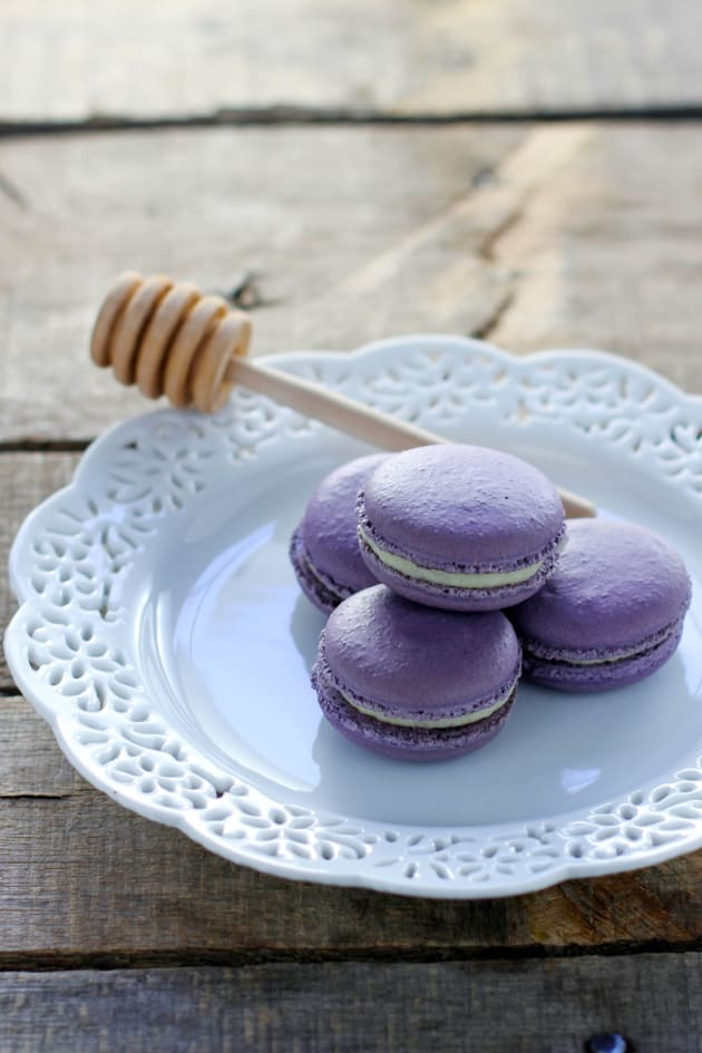 Rose & Lavender Macarons Picture