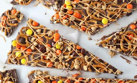 Chocolate Peanut Butter Pretzel Bark Recipe