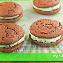 Mint Chocolate Chip Whoopie Pies Recipe