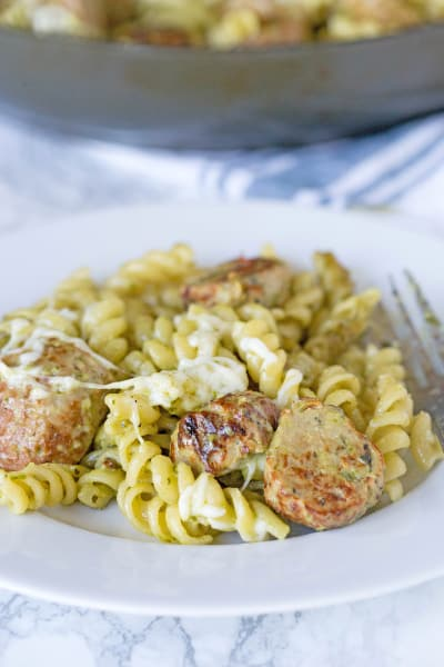 File 1 Pesto Pasta with Meatballs
