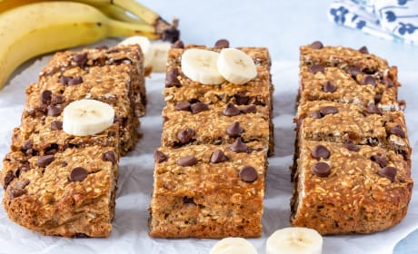 Chocolate Chip Banana Oatmeal Bars Image
