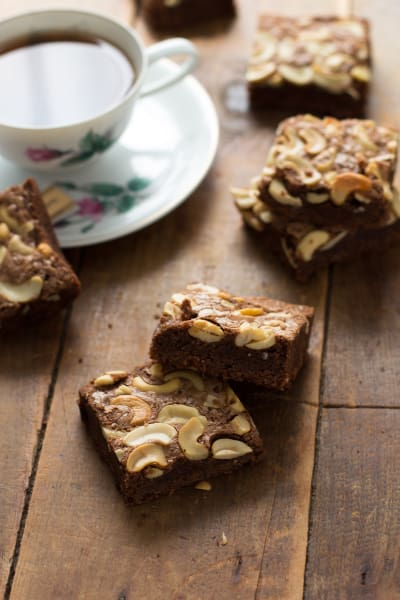 Brown Butter Brownies with Chai Pic