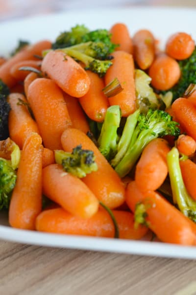 Garlic Butter Broccoli and Carrots Picture
