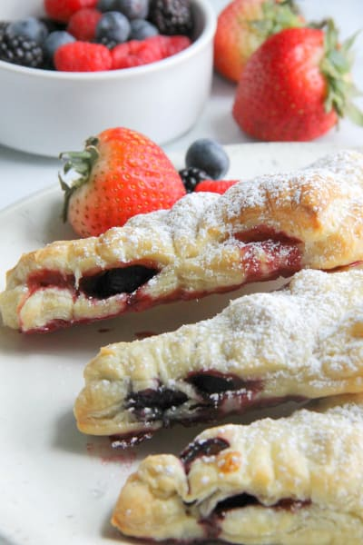 Mixed Berry Turnovers Pic