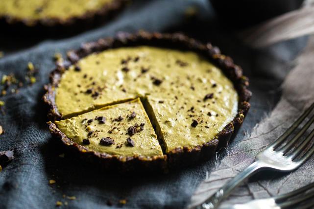 Vegan Chocolate Tarts with Pistachios Recipe