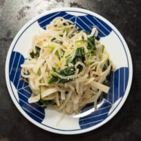 Daikon Salad with Bean Sprouts and Spinach | Easy and Healthy! 😋