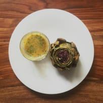 Artichokes with vinaigrette. Seasonal, simple, healthy and a great starter .