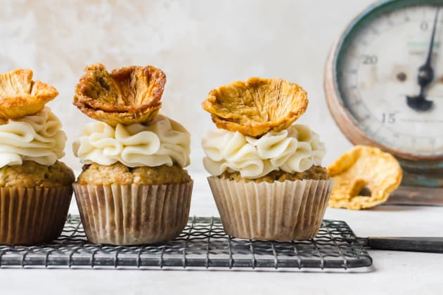Hummingbird Cupcakes Photo