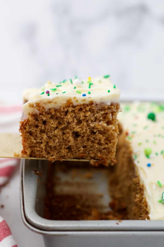 Gingerbread Cake Image