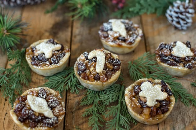 File 3 Mince Pies