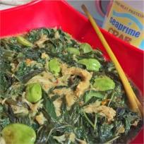 Cassava Leaves Crab Petai Curry