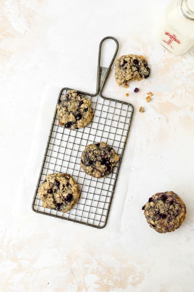 Blueberry Oatmeal Cookies Image