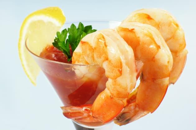 How to Make Shrimp Cocktail Image