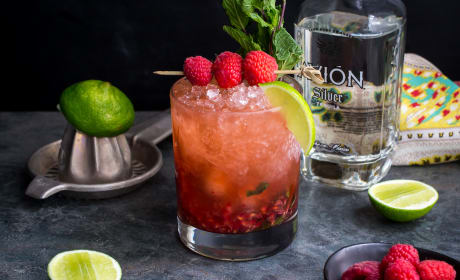 Raspberry Mint Tequila Smash Recipe