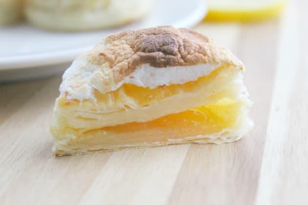 Lemon Meringue Donuts Pic