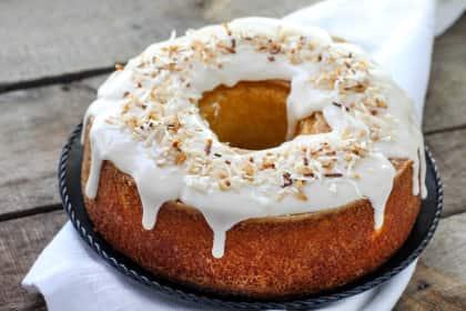 Louisiana Crunch Cake