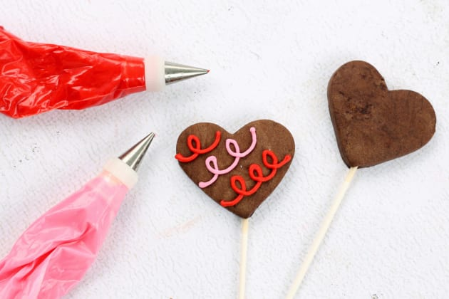 Chocolate Sugar Cookie Pops Image