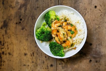Rice Bowl with Shrimp and Broccoli