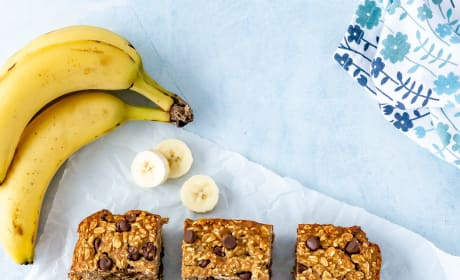 Chocolate Chip Banana Oatmeal Bars Picture
