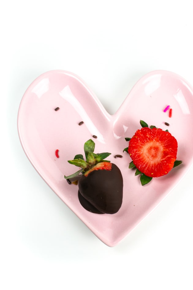 File 3 - Chocolate Covered Strawberries