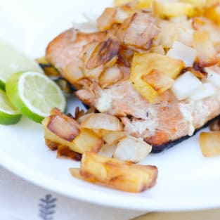 Grilled salmon with pineapple salsa photo