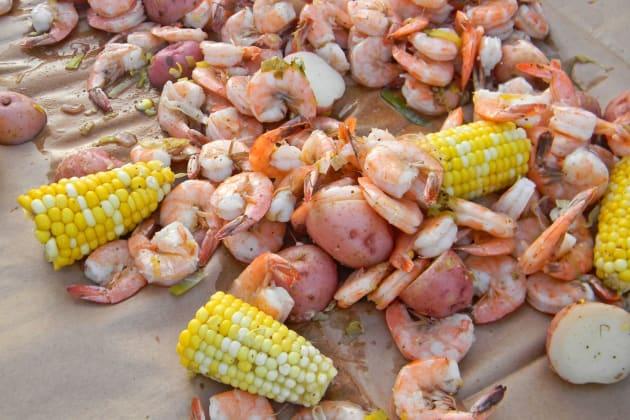 Shrimp boil image