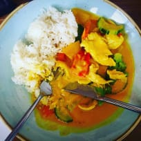 Yellow Thai Curry Chicken - Quick & Easy in 20 minutes