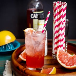 Blushing grapefruit collins photo