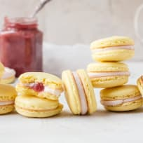 Rhubarb Lemon Macarons Recipe